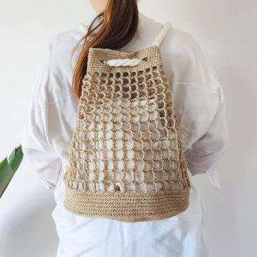 DIY Crocheted Jute Beach Backpack