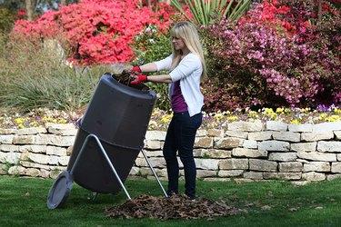 Spin Bin Outdoor Compost Tumbler