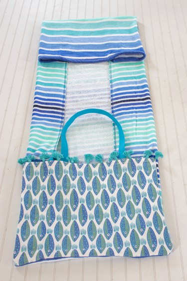 fold up towel