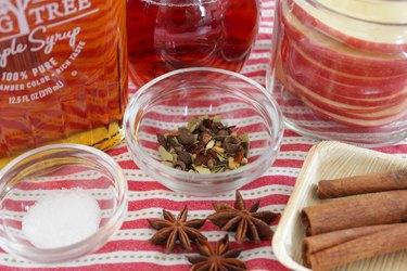 ingredients for pickled apples