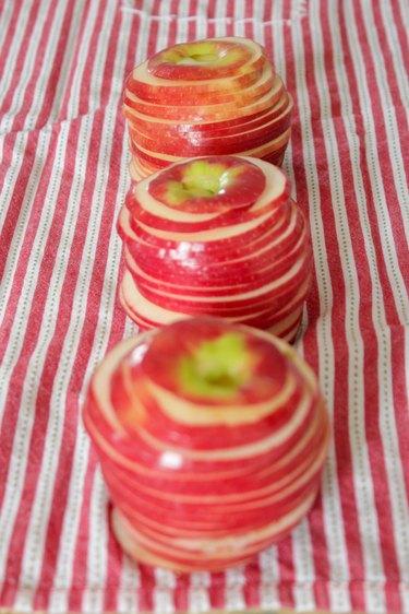 sliced apples