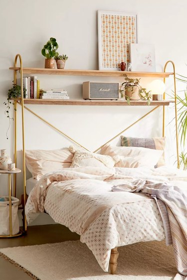 over the bed shelving unit