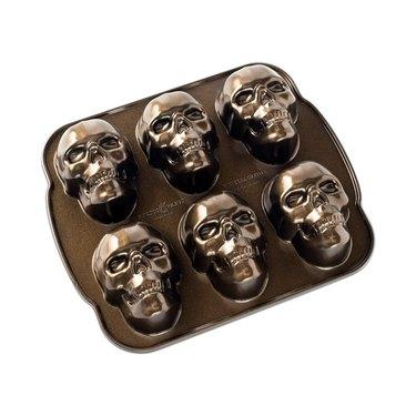 skull baking mold