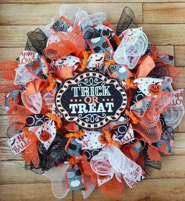 Trick or Treat Halloween Wreath Kit by StillWatersDesignsO
