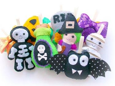 Make Your Own Felt Halloween Garland Kit by PollyChromeCrafts