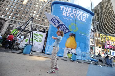 Honest Tea Erects 30-Ft Recycling Bin In Times Square To Launch The Great Recycle