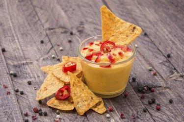 Fresh Cheese Sauce with Nachos