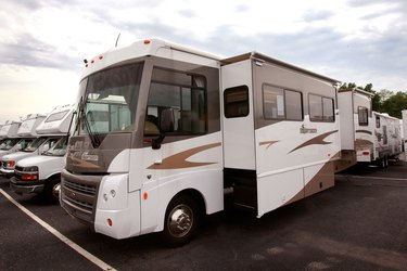RV Maker Winnebago Announces 8.6 Million Dollar Quarterly Loss