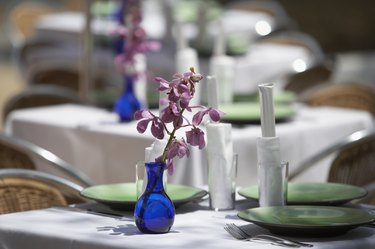 Flower vase on the dining table