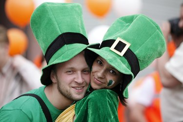 Happy couple portrait (Saint Patrick's Day)