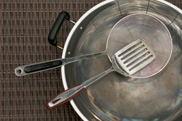 Stainless steel cooking utensils kitchenware and wok