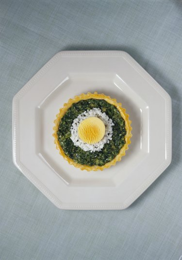 Egg and spinach tart