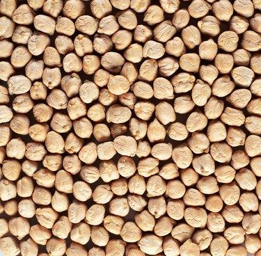 Garbanzo beans (full frame)