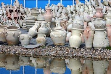 Ceramic pots for sale in outdoor market