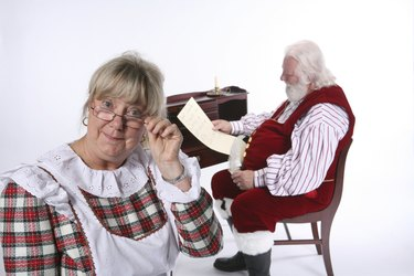 Mrs. Santa Comments 8