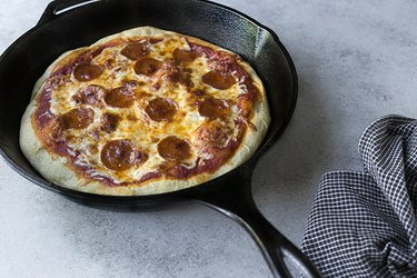 How to Bake Pizza on a Cast Iron Skillet | eHow