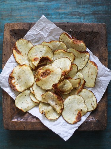 How to Make Healthy Potato Chips