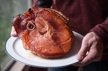 How to Honey Glaze a Ham