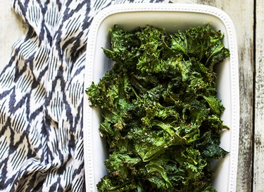 How to Bake Kale Chips
