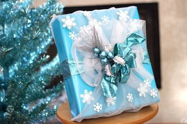Frozen-inspired gift wrap