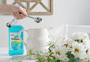 use mouthwash to freshen cut flowers