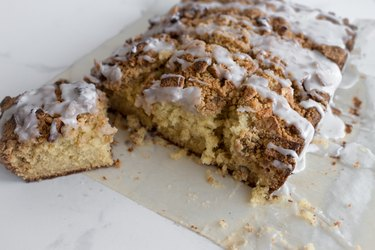 Cinnamon Toast Crunch Coffee is such a delicious and soft cake.