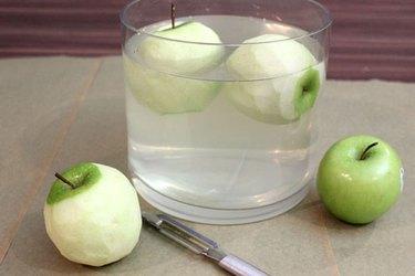 soak apples