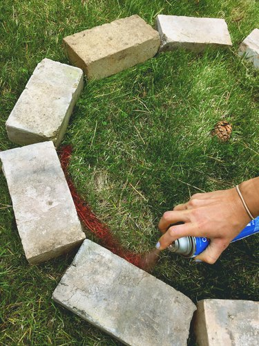 How to Build a Brick Fire Pit in Your Backyard