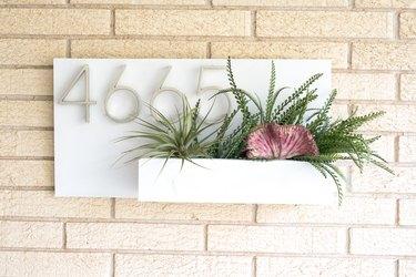 Planter address plaque