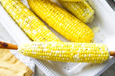 Easy Boiled Corn on the Cob