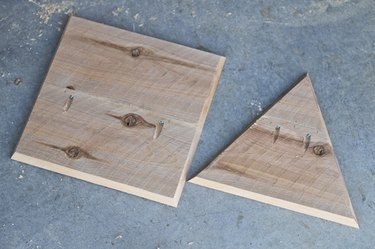 five squares and eight triangles per planter are needed per planter.