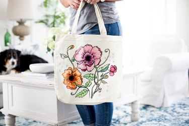 Coloring page bag