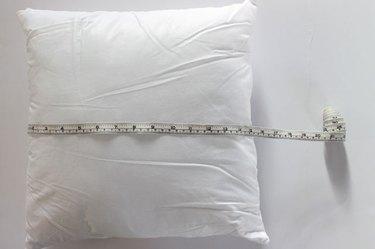 measure pillow