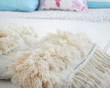 DIY Moroccan wedding blanket
