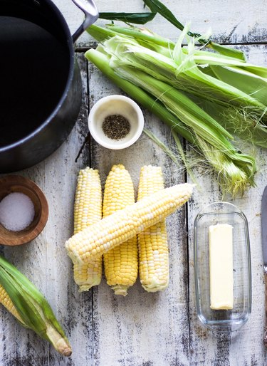 Ingredients for Boiled Corn on the Cob