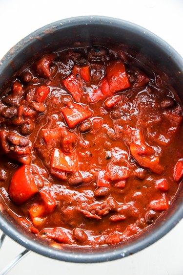 Make red sauce mixture.