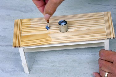 finish table top