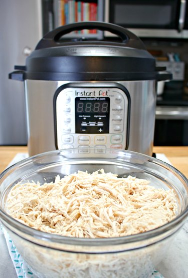 how to cook chicken breast from frozen in an Instant Pot
