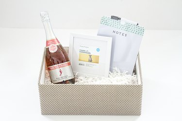 champagne photo frame gifts