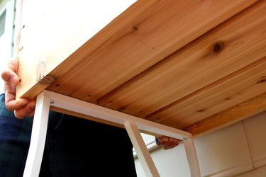 flip box and lay on trestle legs | how to make an elevated planter box