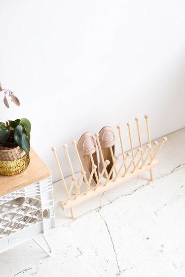 Easy DIY Dowel Shoe Rack