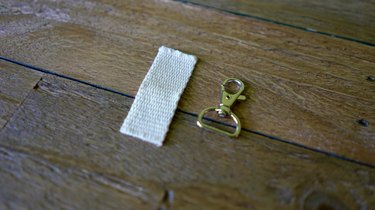 Cotton belting and lobster clasp with D-ring