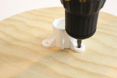 screwing table cap