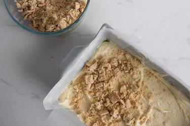 Sprinkle over the Cinnamon Toast Crunch streusel.