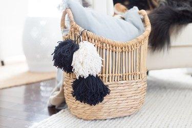 Pompom seagrass basket