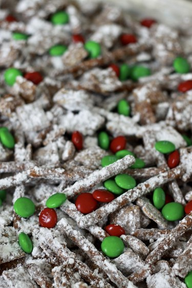 cooling reindeer chow