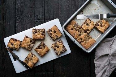 Peanut Butter Chocolate Chip Gooey Bars Recipe   eHow