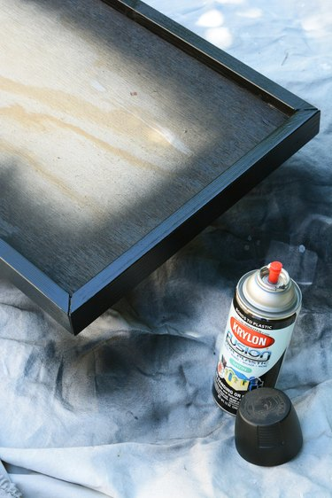 paint the outside edge of the tray