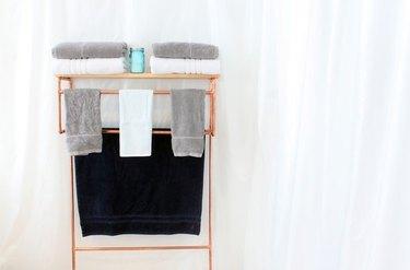 Copper pipe towel rack