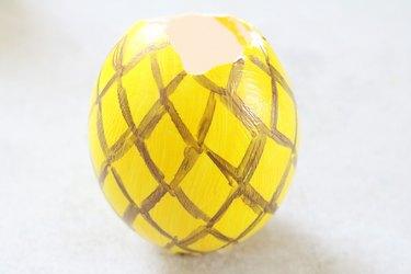 Draw pineapple pattern